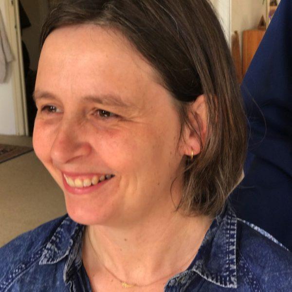 Esther Snelder